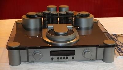 T+A D10-2 CD-SACD Player 3
