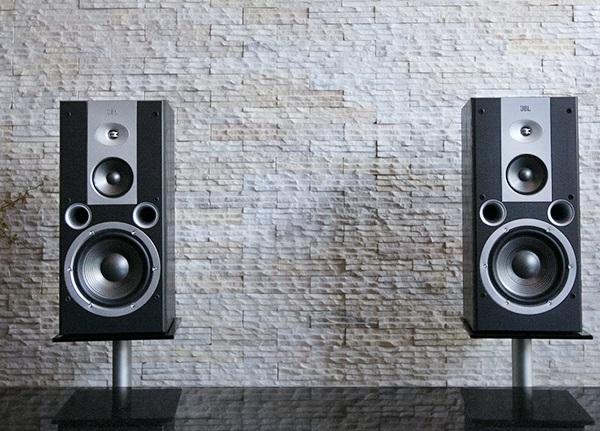 loa-karaoke-jbl-speaker-venue-80-2