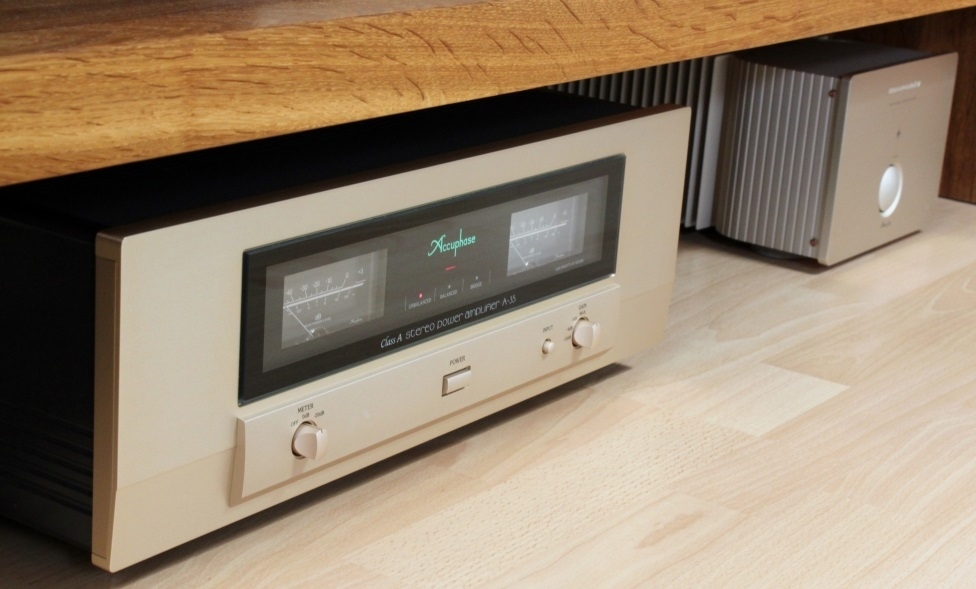 Accuphase A-35 5