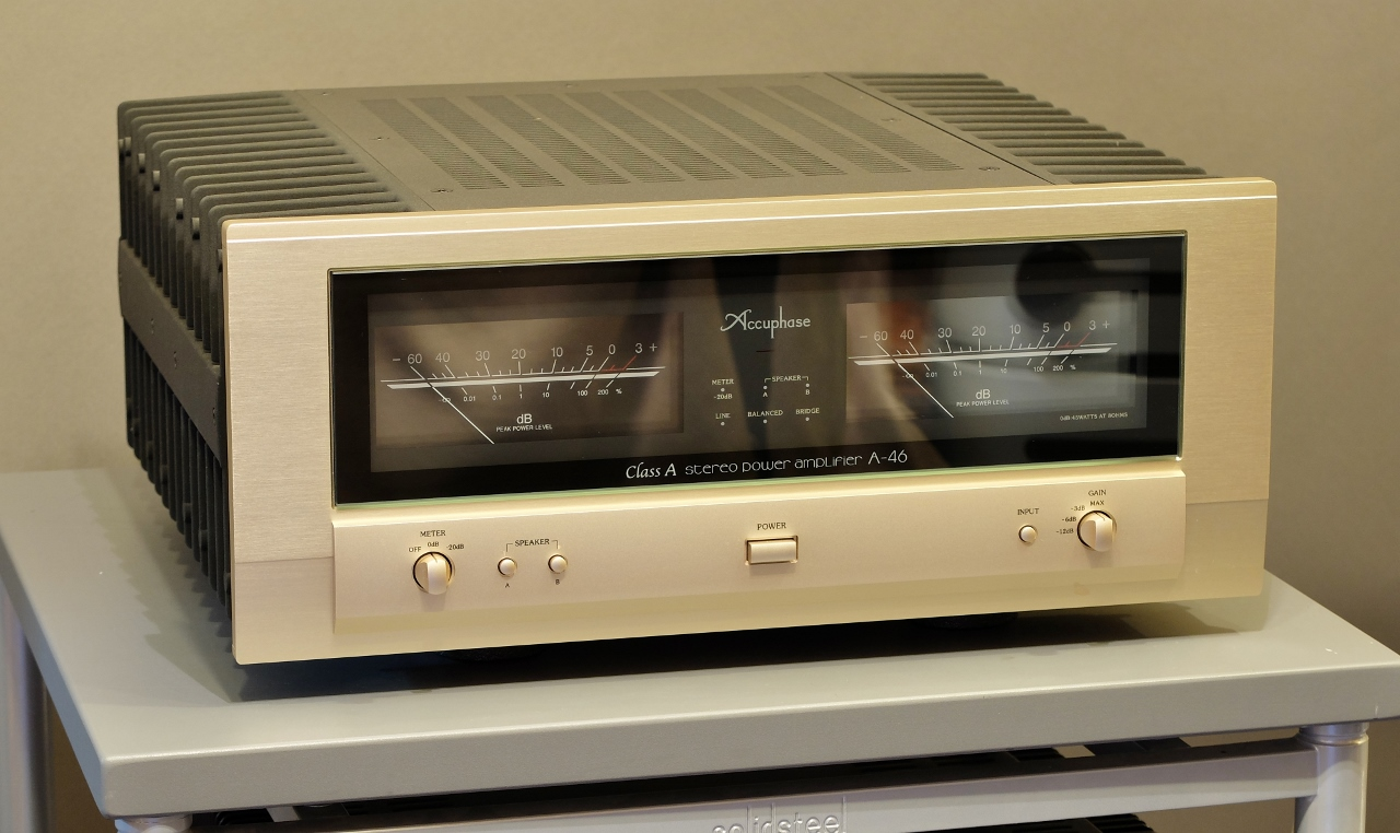 Accuphase A-46 4
