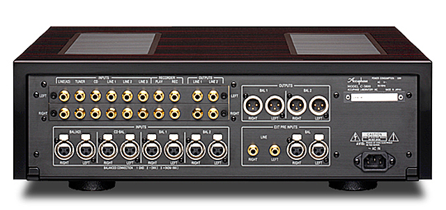 Accuphase C-3800 2