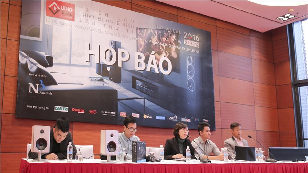 buoi-hop-bao-av-show-hanoi-2016